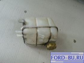 расширительный бачок на Ford Focus 1 1.6.jpg